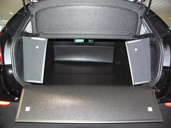 kofferraumwanne bmw x1 kofferraumschutz bmw x1. Black Bedroom Furniture Sets. Home Design Ideas