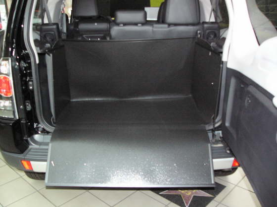 mitsubishi pajero 3 t rer 5 t rer kofferraumwanne. Black Bedroom Furniture Sets. Home Design Ideas
