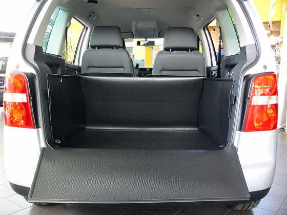 vw touran kofferraumwanne kofferraumschutz kofferraummatte. Black Bedroom Furniture Sets. Home Design Ideas