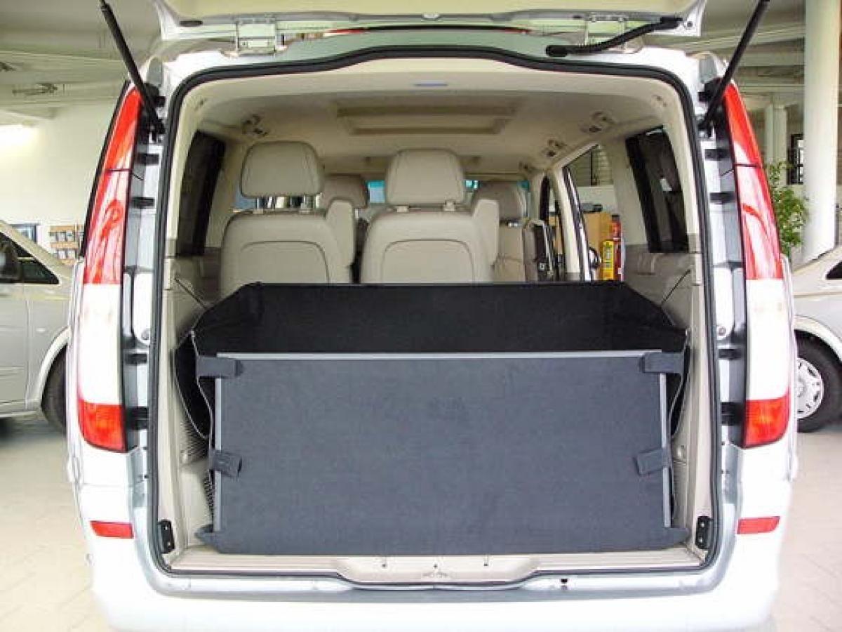 kofferraumwanne hundebox f r mercedes v klasse vito. Black Bedroom Furniture Sets. Home Design Ideas